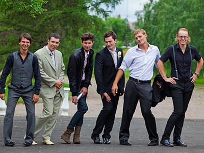 Мужская одежда на свадьбу для гостей фото